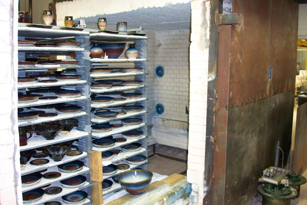 Bill Campbell's kiln with adjustable advancer kiln shelf loading system